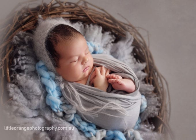 How to soothe a crying baby by a Gold Coast baby photographer